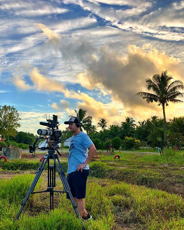 Behind-the-scenes, in Fiji.....#fiji #fijiislands #fijian #cameraman #bula #travel @andrewwaller